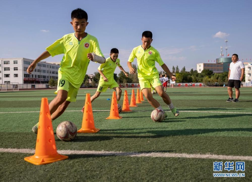 宁夏盐池:快乐足球 乐享暑假插图