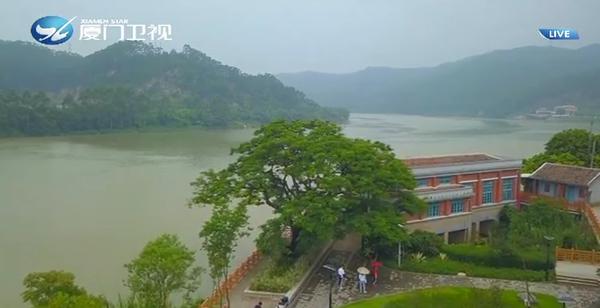 两岸新新闻 2019.07.23 - 厦门卫视 00:27:41