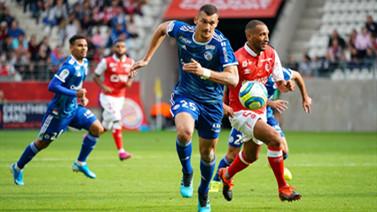 [图]法甲第2轮:斯特拉斯堡客场0-0闷平兰斯