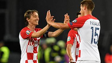 [图]欧预赛-克罗地亚客场4比0大胜斯洛伐克