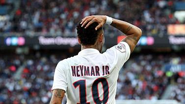 [图]法甲-内马尔91分钟倒钩绝杀!巴黎1-0三连胜