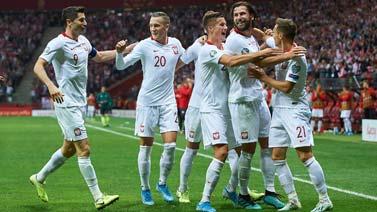 [图]欧预赛-波兰2-0北马其顿 晋级欧洲杯决赛圈
