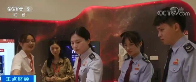 """惠州构建""""1+2+N""""专业化服务体系 助力电子信息产业发展"""