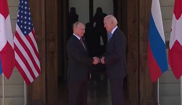 《今日关注》 20210616 首脑会晤前导弹竞赛白热化 美俄握手难消对峙