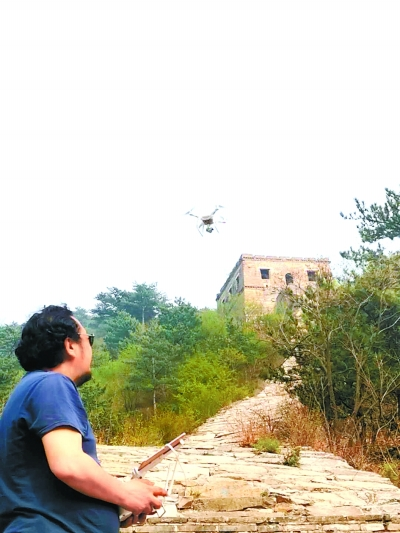 无人机测距仪先后上岗 长城修缮保护用上新科技