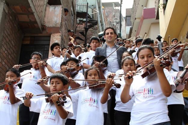 """[秘鲁版""""音乐救助体系""""成效显著"""