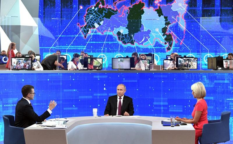 俄总统普京直播连线民众共回答81个问题 两次遭黑客攻击