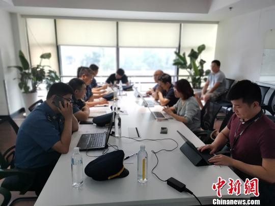 """上海执法部门再次对""""滴滴""""""""美团""""上户执法检查"""