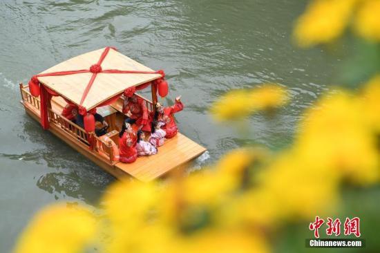 """安徽结婚率""""五连降"""" 新人追求婚礼美观度个性化"""