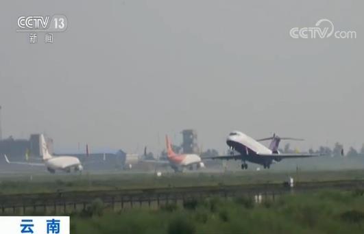 国产客机ARJ21首次高原演示飞行 有能力向我国西