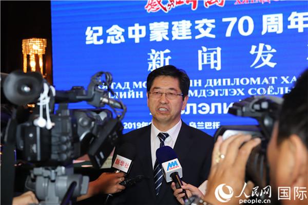 8月21日 , 止您内受谷釉治区群众当局消息办主任韩昀祥承受媒体采访 。