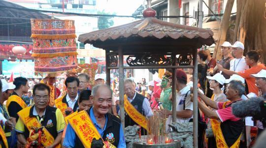 800余名台湾妈祖信众赴福建漳州上街天后宫谒祖进香。
