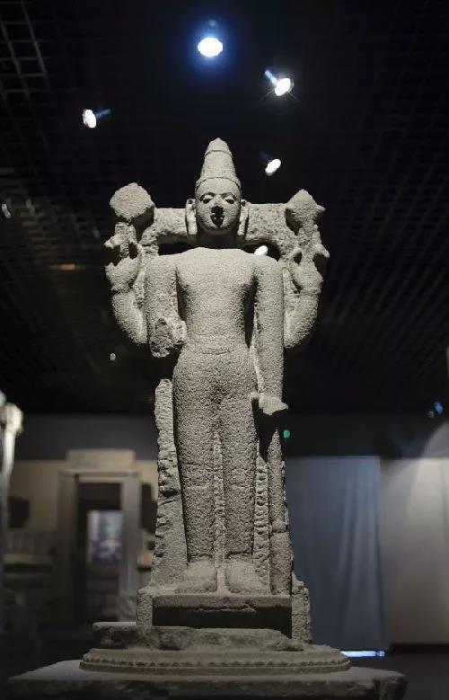 泉州海外交通史博物馆展出的1934年在泉州南教场出土的印度教毗湿奴神像