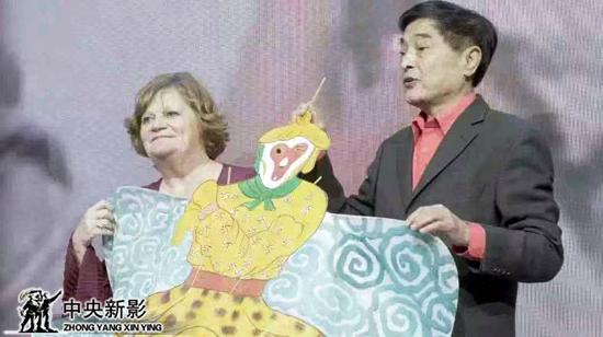 尼可儿的饰演者西尔维娅娜与宋小青饰演者刘祥生再聚首