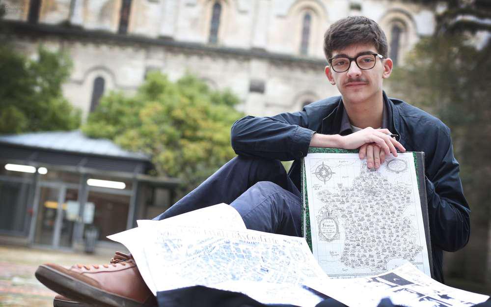 惊艳!法国青年用中国水墨绘制地图
