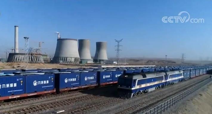 新疆棉花煤炭货运量快速增长 同比分别增长112.51%和19.46%