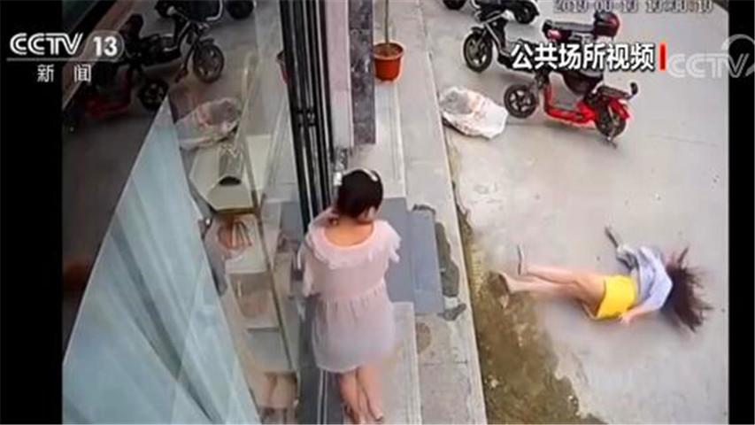 河南女子遭家暴跳楼事件后续 终于离婚了