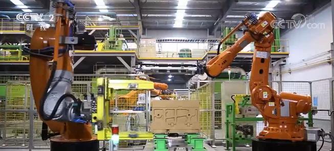 6月中国制造业采购经理指数公布,比上月小幅回落